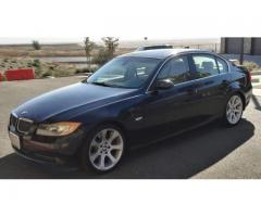 2006 BMW 330i with 6-speed manual transmission and a sun-roof
